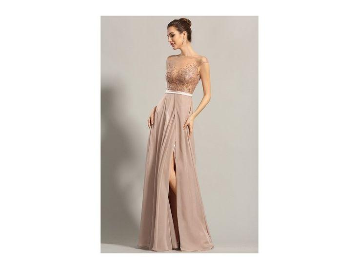 Plesové šaty šampaň s vyšívaným živůtkem šaty v módní barvě šampaň zdobeno bohatou ručně šitou výšivkou živůtek nemá všitou podprsenku zip na zadní straně délka šatů 155 cm (od ramene k přednímu lemu)