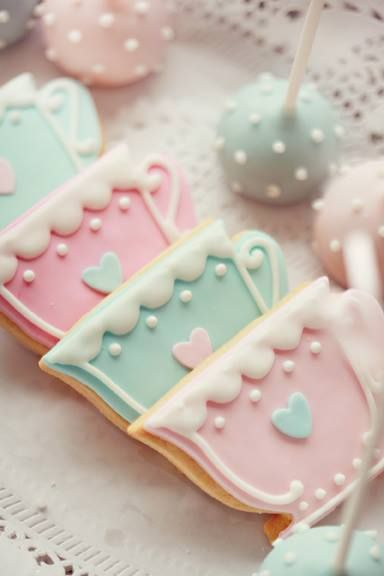 Pretty Teacup Cookies