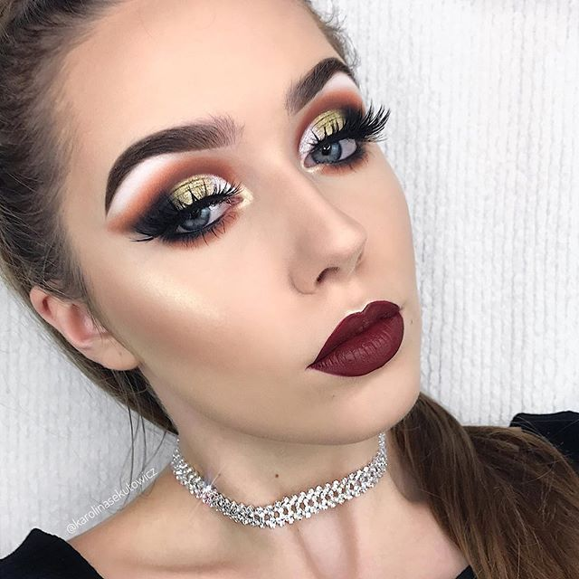 Sorry I've been MIA for a bit but here's a new makeup look  EYES: @anastasiabeverlyhills @norvina #anastasiabeverlyhills #norvina #abh #abhshadows (Brick, Tiger's Eye, Noir) & Darkside Gel Liner & @makeupgeekcosmetics Single Shadow in the shade White Lies • LASHES: @hudabeauty @shophudabeauty #hudabeauty Farah • BROWS: @anastasiabeverlyhills #abhbrows #anastasiabrows #dipbrow Dipbrow Pomade in the shade Medium Brown & @eyeko Tinted Brow Gel • FOUNDATION: @makeupforeverofficial Ultra HD St...