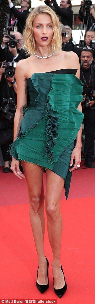Pin-credible: Polish model Anja Rubik flaunted her endless pins in her thigh-skimming look...