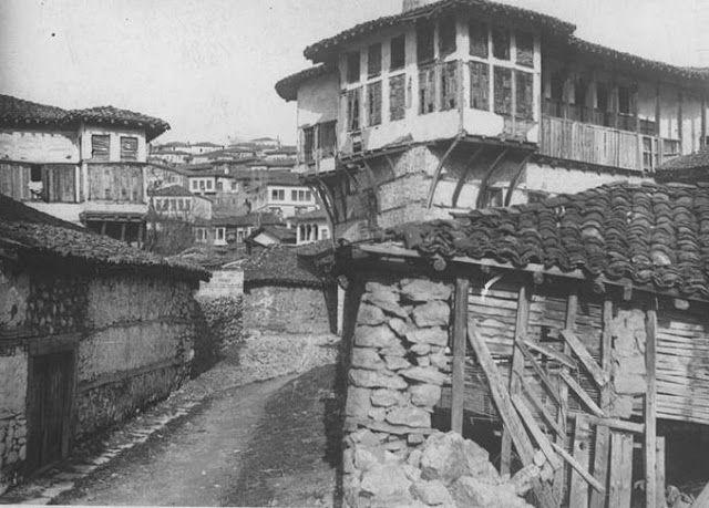 History of Macedonia the historical region of Greece - FOLKLORE SOCIETY CULTURAL EXORAISTIKOS AMPELOKIPON Kastoria, Macedonia Greece (P.E.L.S.A.): November 2012