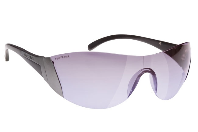 Light weight sporty wrap with a rimless frame. Sport from Fastrack http://www.fastrack.in/product/r043pr2/?filter=yes=sport=1=995=3495=12