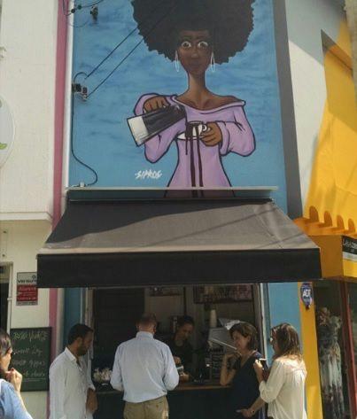 Com 1,7 metro, mini cafeteria vira negócio de sucesso em São Paulo