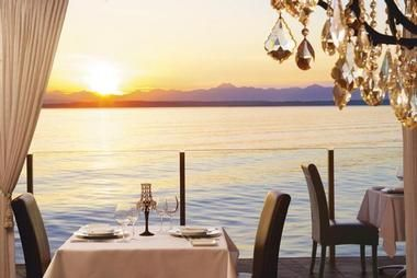 Romantic Hotels in Seattle, WA