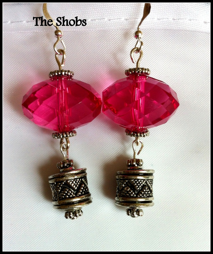 £7  Beautiful pink earrings