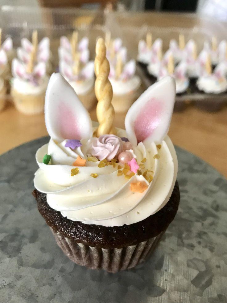 The 25 Best Unicorn Cupcakes Ideas On Pinterest Unicorn