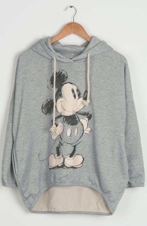 Every year during the autumn, there are a few pieces in your wardrobe that get the most love. This cute hoodie is made in a grey color and features casual style with Mickey Mouse! Bring it yo your wardrobe from Cupshe.com