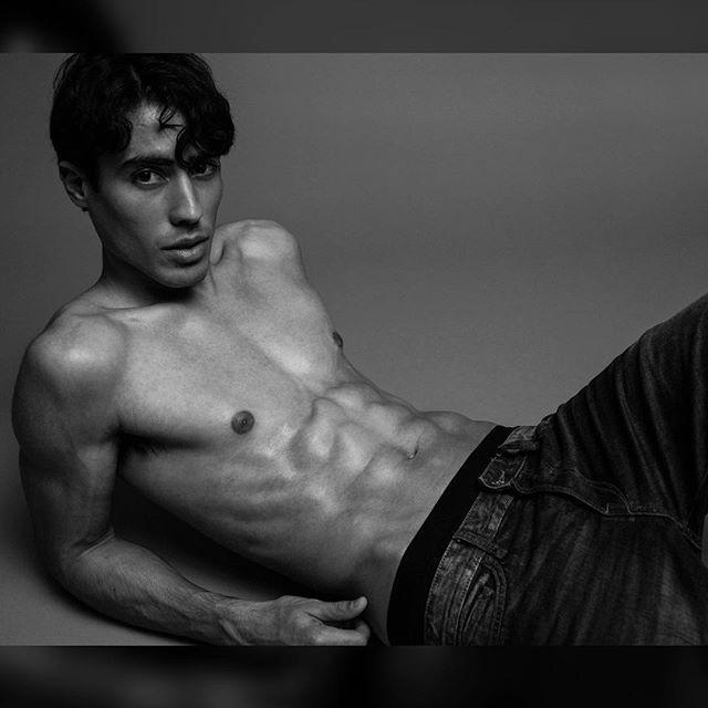 @thejeancarlos #men #male #model #fashion #fitness #health #blackandwhite #photographer