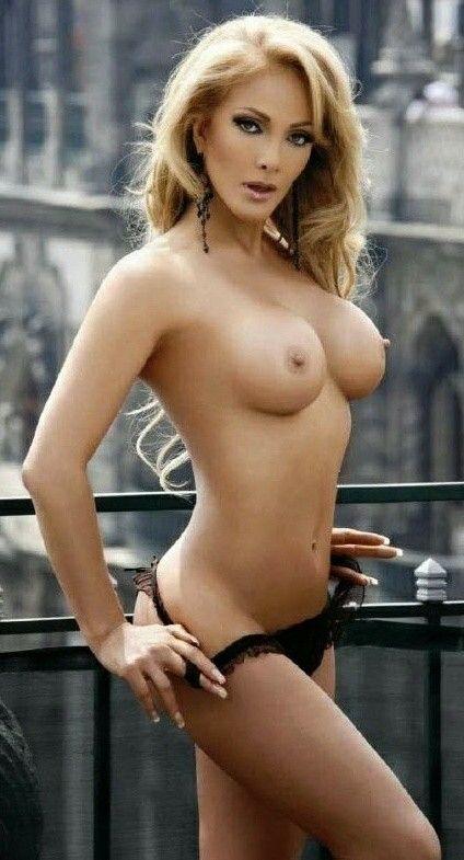 robert pattinson nude dick pic