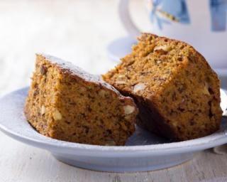Gâteau aux noix sans matières grasses à la compote de pommes