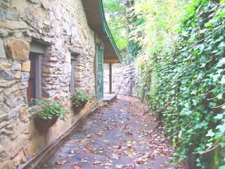 Rent this 3 Bedroom House Rental in Asheville for $127/night. Has Air Conditioning and Hot Tub. Read 24 reviews and view 25 photos from TripAdvisor