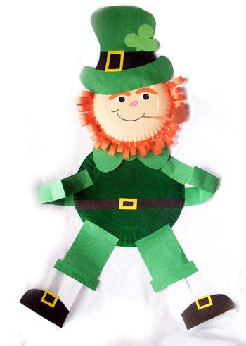 Here is a cute example of a pattern that you could use to create an extra large leprechaun centerpiece for a St. Patrick's Day bulletin board display.