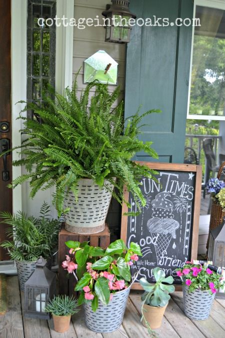 summer front porch vignette #cottage