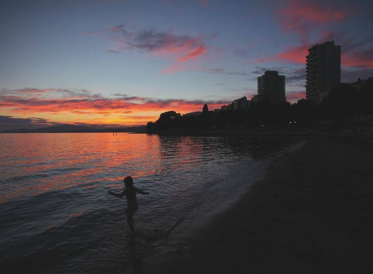 (c) Maurice Li | Summer nights... What we live for in Vancouver | https://www.facebook.com/MauriceLiPhotography