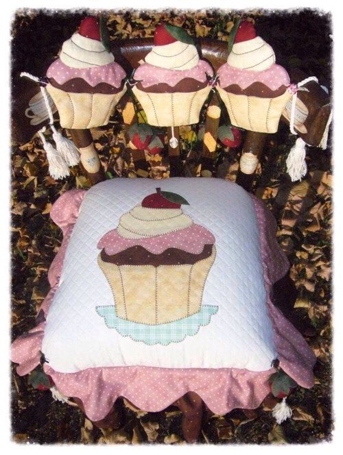 Cartamodello seduta e spalliera cup cake
