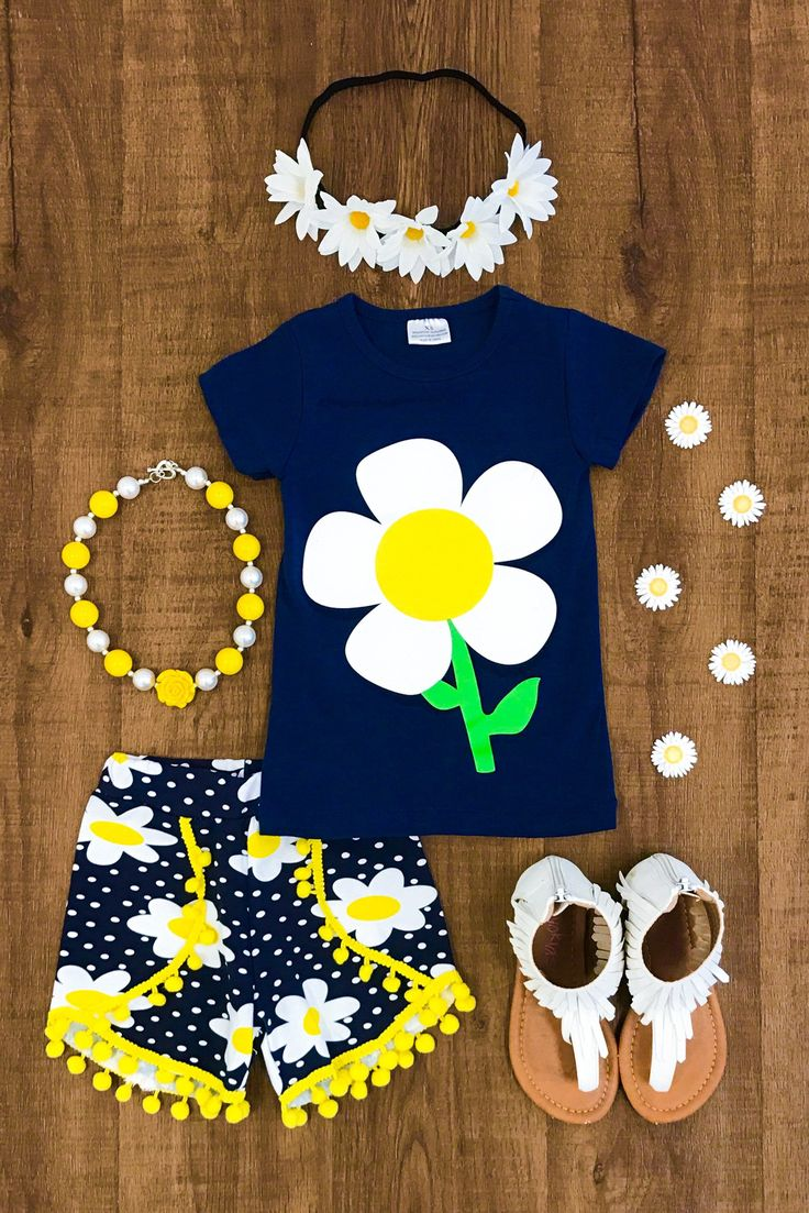 Darci Daisy Short Set