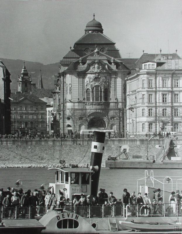 Ester Plicková: Bratislava. Reduta:1966