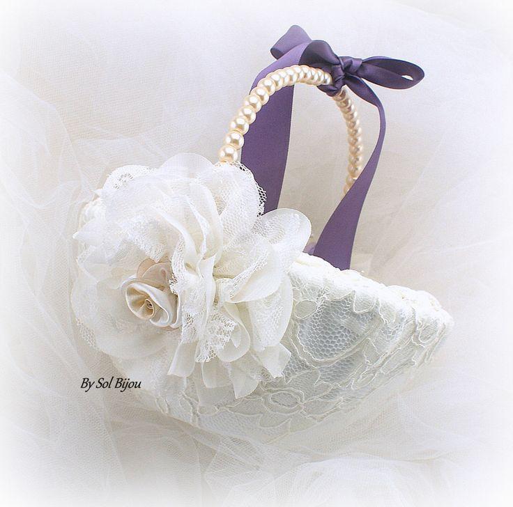Flower Girl Basket Ivory Lilac Vintage Lilac Champagne от SolBijou