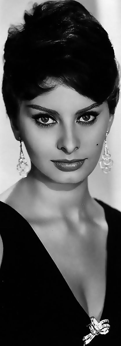 Sophia Loren. Hermosa actriz italiana de cine, del Siglo XX