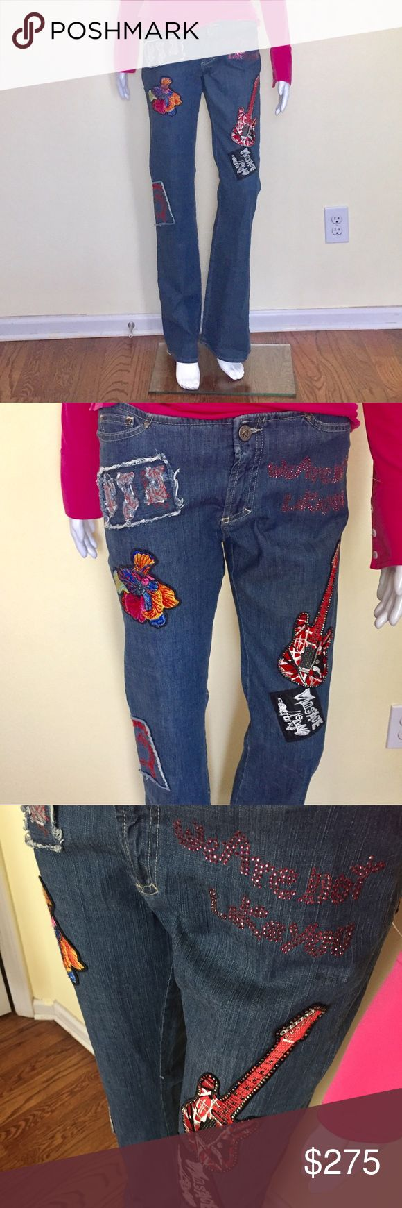 Versace Patch Jeans Versace Patch Jeans. (All items are Authentic )29 x 43 low waist Versace Jeans Straight Leg