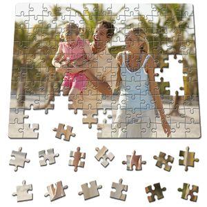 Un fantastico mosaico 30x40 da 192 pezzi che si compone della foto o dell'immagine che sceglierai per la tua stampa personalizzata!