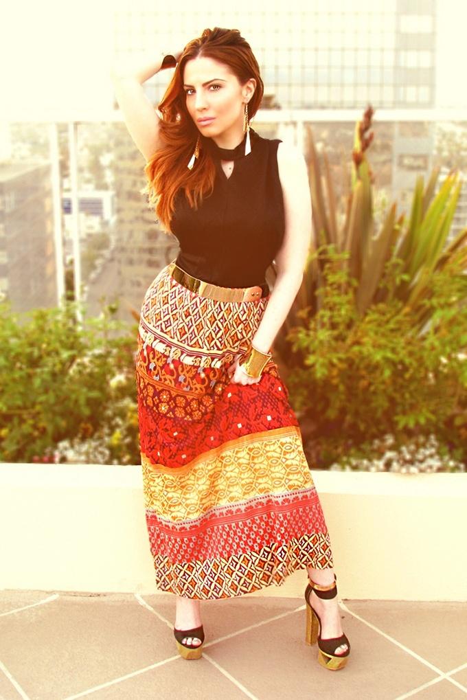 Chic Summer Fashion: Printed Maxi Dress, Gold Metal Belt, Gold Cuff Bracelets, Gold Ankle Cuffs, Wooden Platform Heels.