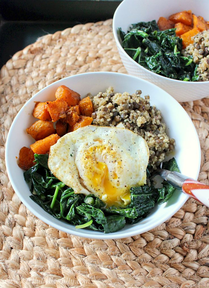 ! This hearty and filling quinoa and lentil power bowl will warm you up, fill you up, and STILL help you fit into your skinny jeans!
