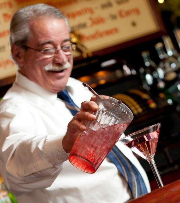 Artist Creates Unwitting Tribute to Beloved Gene and Georgetti's Bartender - Lincoln Park - DNAinfo.com Chicago