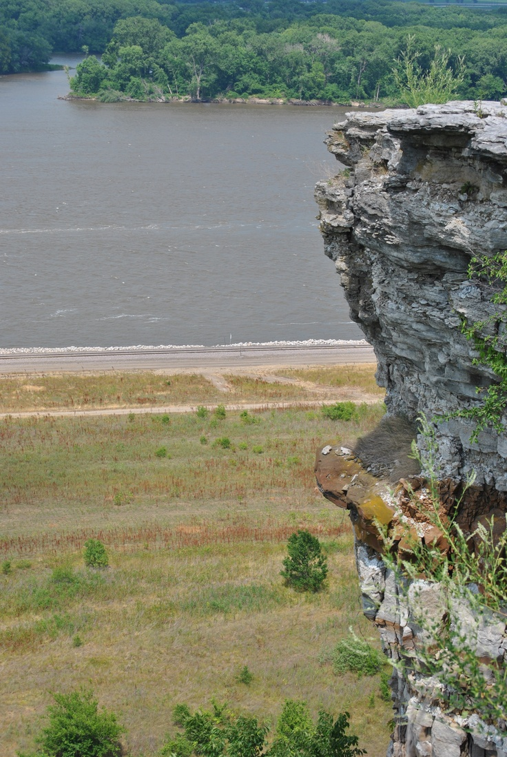 Lover's Leap & Mississippi River In Hannibal, Missouri