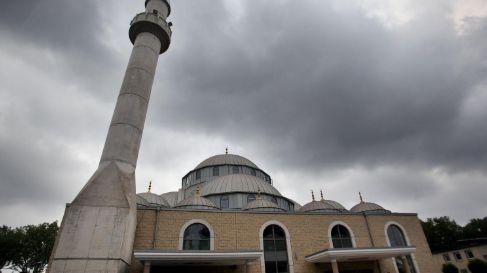Gebouwen zoals de Merkez-moskee in Duisburg zullen in de toekomst in steeds meer Duitse steden te zien zijn, denkt bondskanselier Angela Merkel. (Vertaling: E.J. Bron) Volgens de Duitse bondskansel…