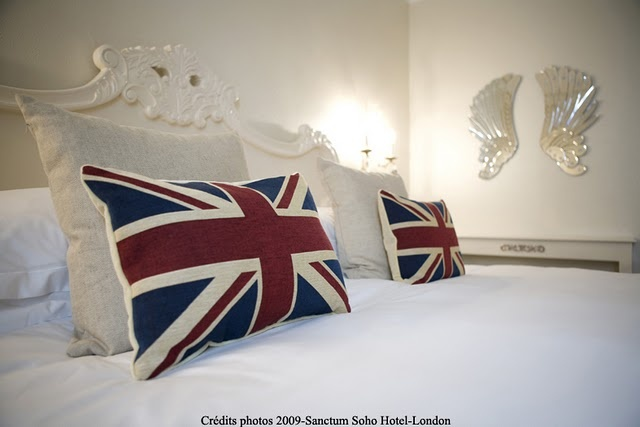 Union jack cushions in bedroom