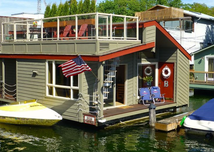 Charming Seattle Houseboat ~ LOVE The Glass In The Kitchen Cabinets