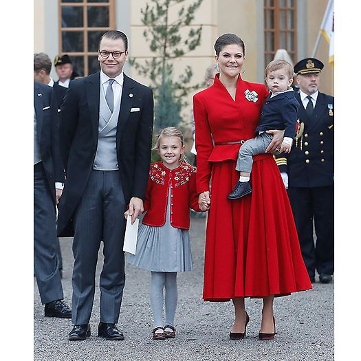 Crown Princess Victoria wore a 1950s-inspired peplum jacket and circle skirt to her nephew Prince Gabriel's christening in Sweden on December 1. We're giving the extra style points for adorably coordinating her outfit with daughter Princess Estelle! Also joining the occasion were the just-as-stylish Prince Daniel and son Prince Oscar. Photo: © Getty Images