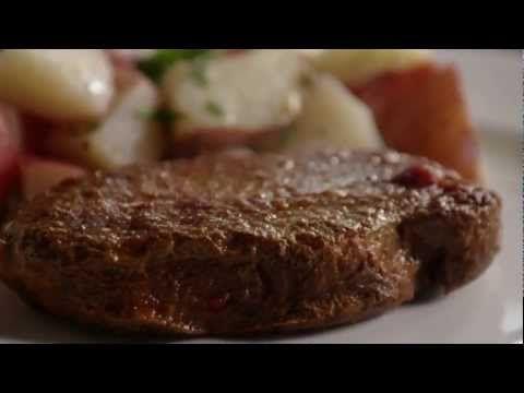Déposez 6 côtelettes de porc et ces ingrédients dans une mijoteuse, et obtenez un délicieux repas! - Trucs et Bricolages