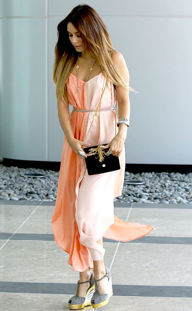 Vanessa Hudgens is pretty in peach! #style