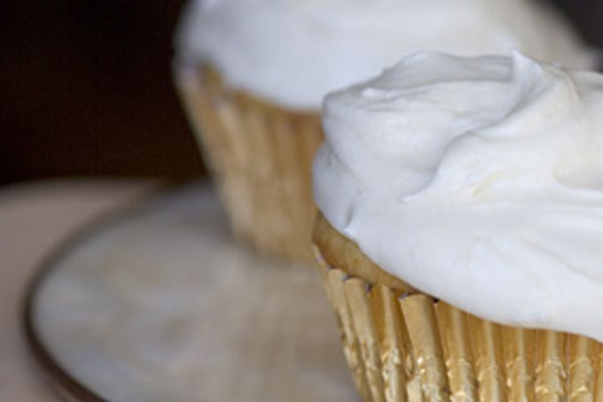 ... Cupcakes with Ginger Cream Cheese Frosting | Ales, Cakes and Cream