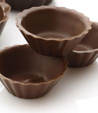 Filled with chocolate mousse? Yes please! (Dove Chocolate Discoveries)