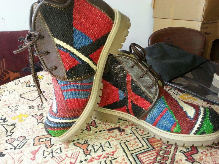 Kilim boot