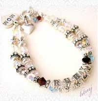 Mother's bracelet tutorial - Love this! ~how-to-make-jewelry.com