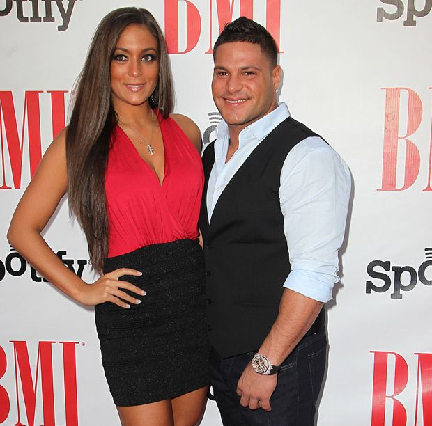 sam and ronnie dating Even at the end (of 'jersey shore'), ronnie and sam's relationship was in peril.