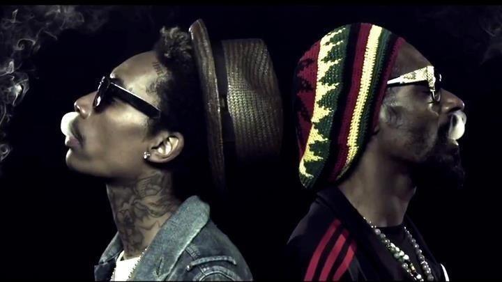 Hahahahha baby you got to jam to Wiz Khalifa n Snoop Dogg - Smoking on its fucking dope hahaha there is so much more hahahahaha fuck I miss you so damn much I'm here beautiful I love you so so soooooooo much!!! :* Hahahaha