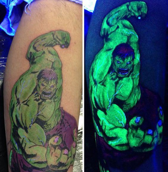 tatuajes en color neon hulk