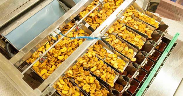 La compañía belga de galletas Poppies International ha optado por la línea de embalaje de Ishida que cuenta con la multicabezal CCW-R-108P, una controladora de peso, DACS, y el equipo de inspección por rayos x, IX-GA 4075, proporcionando eficientes controles de calidad