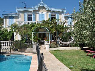 Villa in Carqueiranne met 3 Slaapkamers, plaats for 8 personenVakantieverhuur in Carqueiranne van @homeaway! #vacation #rental #travel #homeaway