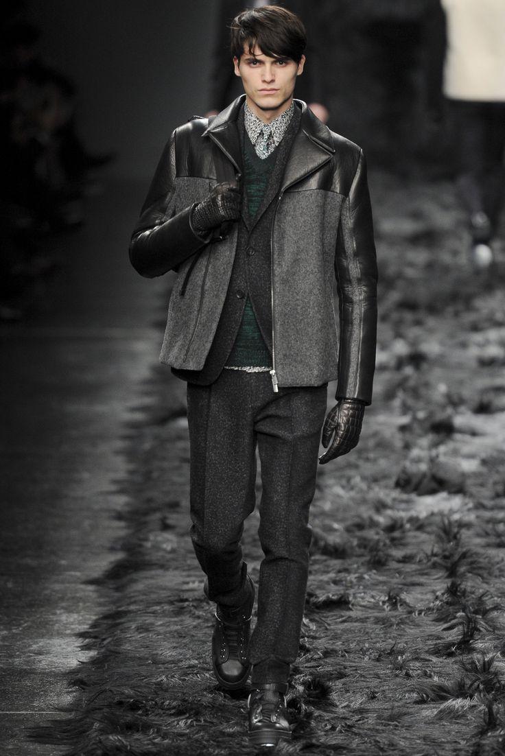 Sfilata Fendi Milano Moda Uomo Autunno Inverno 2014-15 - Vogue