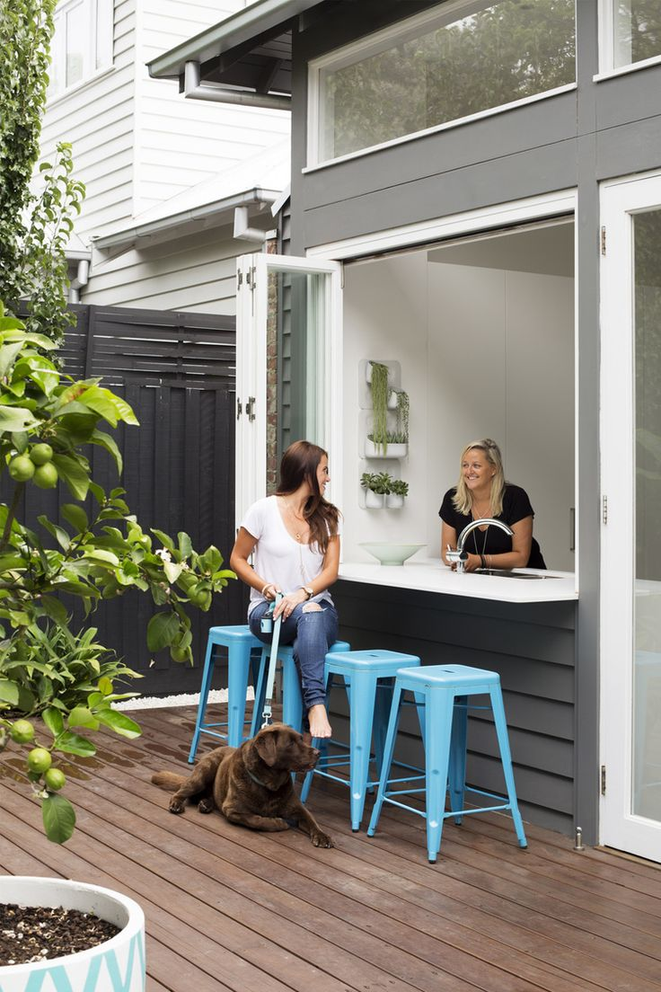 Property stylist Julia Treuel has applied cool tones and a classic  aesthetic to create a little slice of Hamptons magic in metro Melbourne.