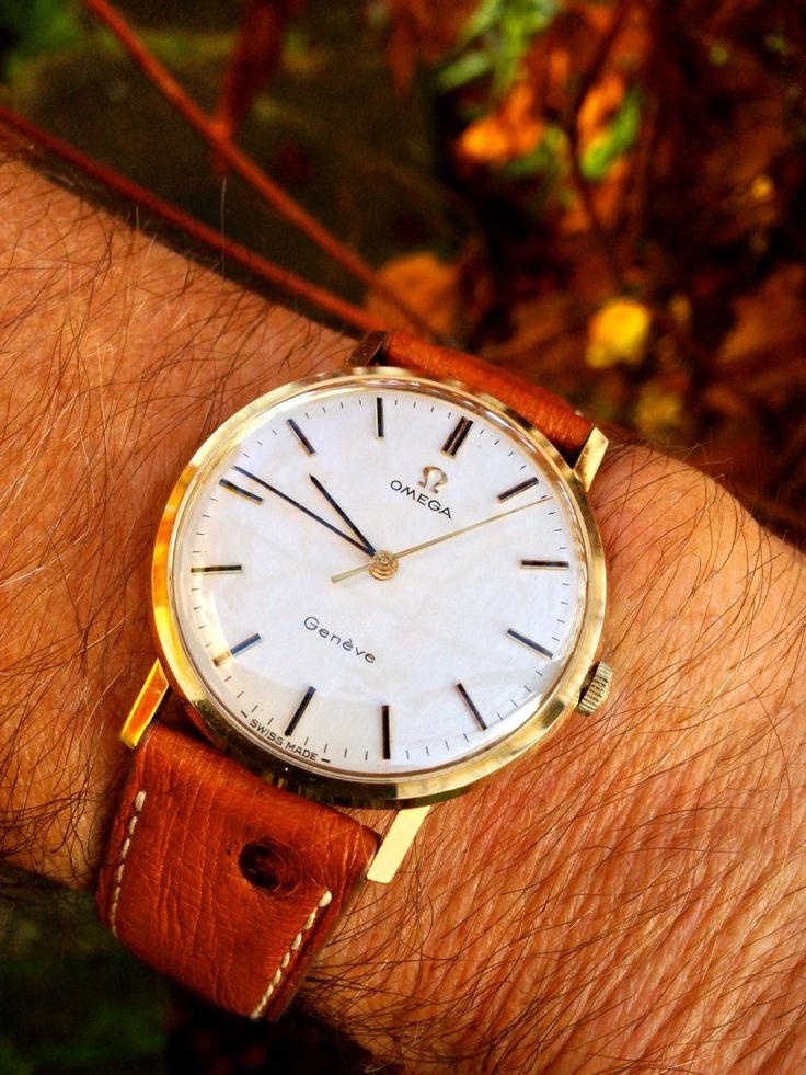 Vintage OMEGA Geneve Hand-Wound Dress Watch In Gold-Cap