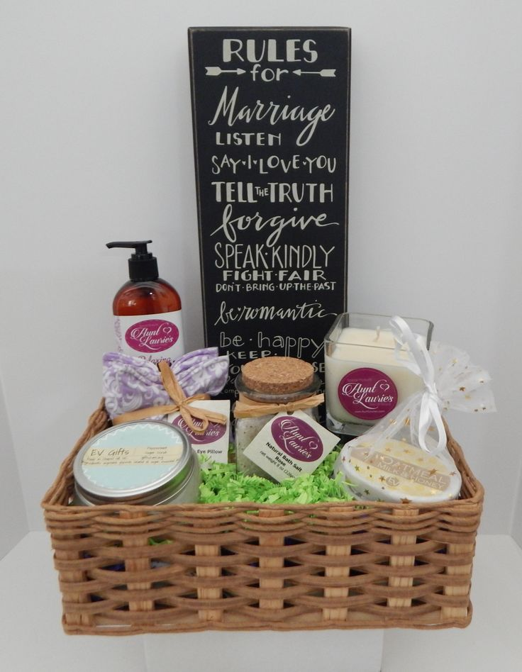 Wedding Gift Basket For The Bride And Groom Featuring Aunt Laurie S Lotion Lavender Eye