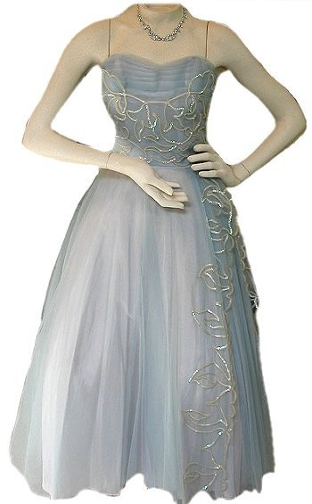 Vintage 1950's tulle strapless princess prom gown...imagine the swirling you could do in this dress!: Prom Gowns Imagination, Formal Formality Dresses, Dance Dresses Formal, Style, 1950S, Strapless Princesses, Tulle Prom Dresses, Dresses Formal Dresses, Princesses Prom