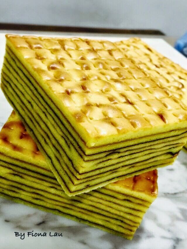 Baking's Corner: Original Indo Kek Lapis - By Fiona Lau